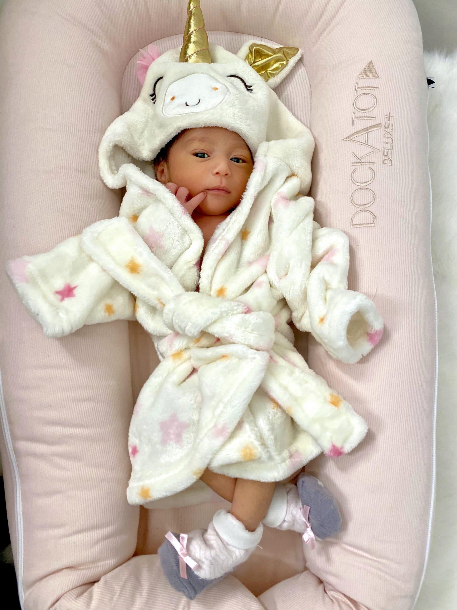 Dhar Manns baby Ella Rose